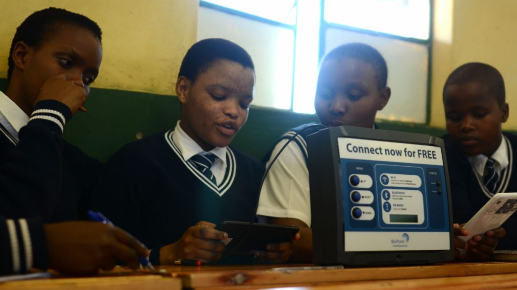 Students using BluPoint technology